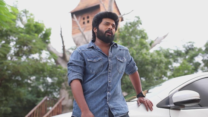 A still from Sembaruthi (Source: Zee5)