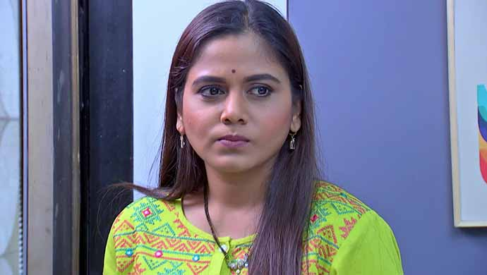 Phulpakhru actress Hemangi Kavi in the still from the show.