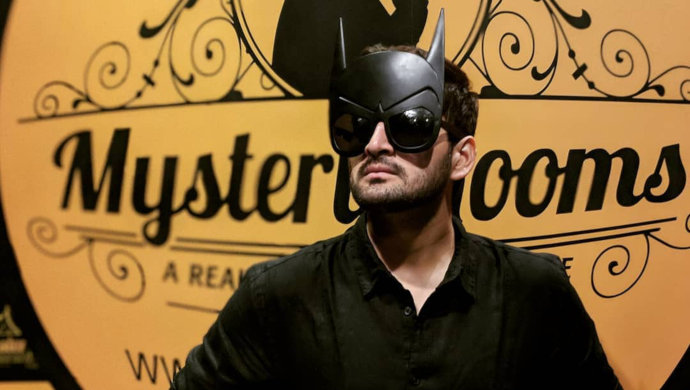Gulabjaam actor Siddharth Chandekar in a Batman mask.