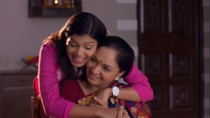 Gargi and Mavshi