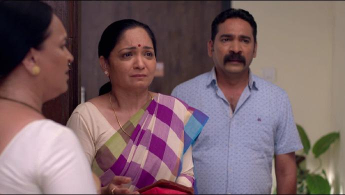 Kiran Suresh and Swati from Ek Ghar Mantarlela