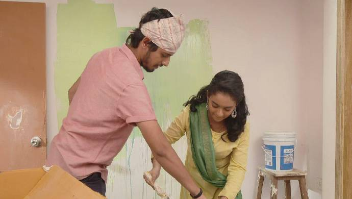 Scene from Almost Sufal sampoorna (1)