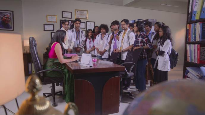 a scene from Doctor Don