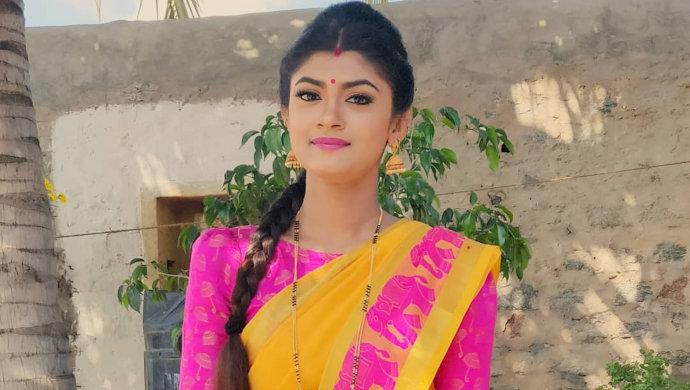 5 Accessory Hacks Akshaya Raghavan Of Gangaa Swears By