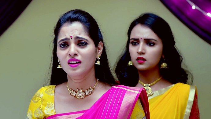 Aarthi And Amulya In A Still From Gattimela