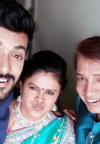 A Still Of Damini, Aditya And Raghu Posing For A Selfie In Between Shoots