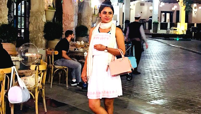 Deepika Das Poses Prettily On The Streets Of Qatar
