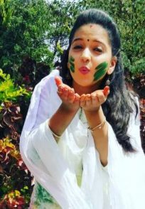If You Are Confused About How To Celebrate The Festival Of Colours Take Tips From These Actresses