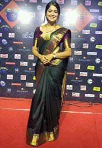 Mokshitha Pai Aka Paaru At The Red Carpet Of Hemmeya Kannadiga Awards 2019
