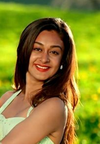 Here Are The Best Scenes Of Arjun Sarja's Daughter Aishwarya Arjun In The Film Prema Baraha