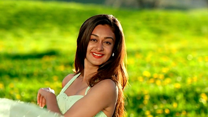 Aishwarya Arjun's Best Scenes In Her Kannada Debut Prema Bahara Has A Mix Of Everything