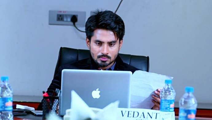 Vedanth Looks Of Amulya's Resignation Letter And The Number Which Vicky Called The Most