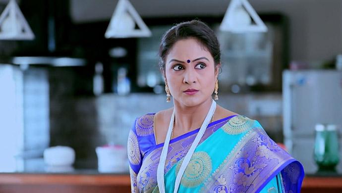 Tara Is Furious When She Overhears Rishi Speaking To Rachana About His Love For Kamali