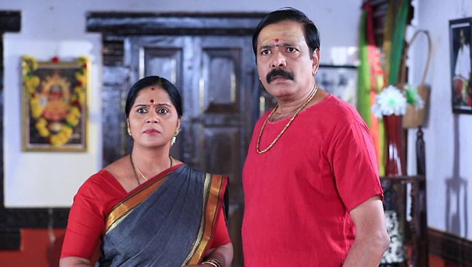 A Shocked Still Of Vaidehi And Vardharaj