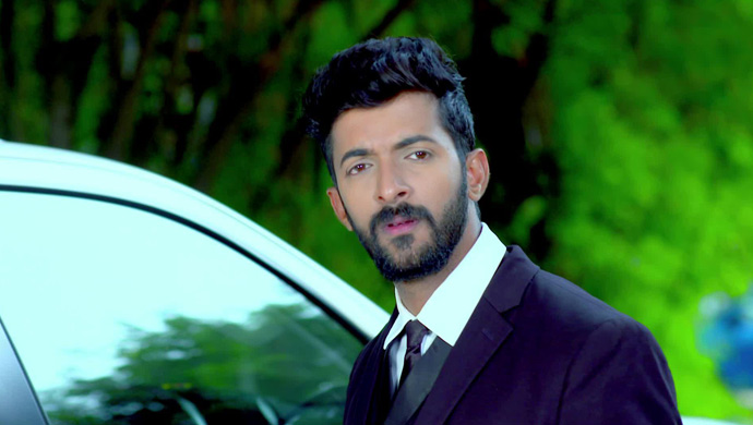 Aditya Is Shocked When Harish Takes Parvathi's Name