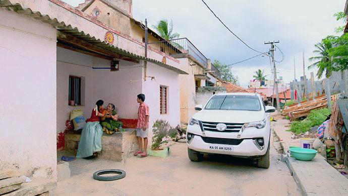 Paaru And Gani Make It To Their Village