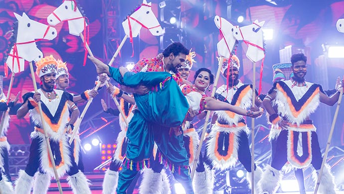 Aathma Bandhana Characters Ashok And Bhavana In A Exclusive Still On Stage