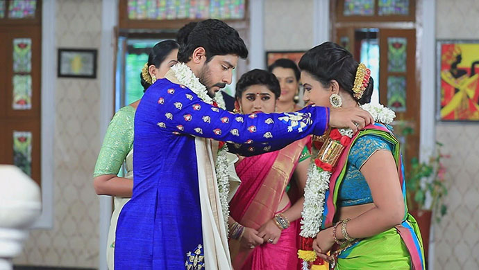 A Still From Muttu And Maya's Engagement