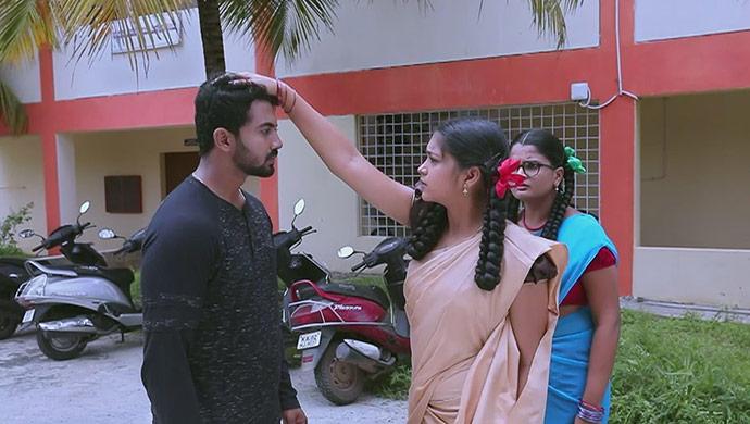 A Still Of Rishi, Kamali And Ningi