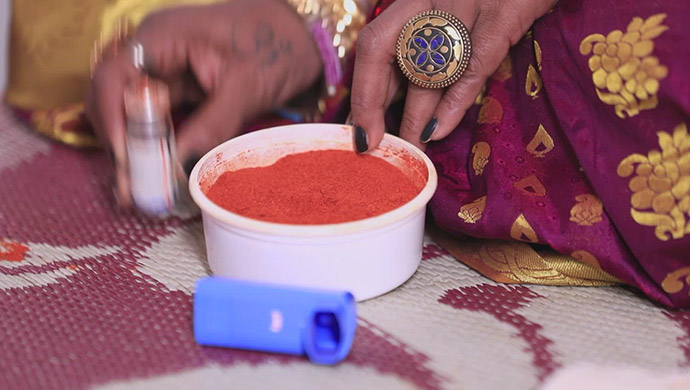 Kanthamma Adds Chilli Powder To Tulasi's Asthama Pump