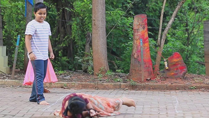 When Swathi Falls On The Cursed Doll