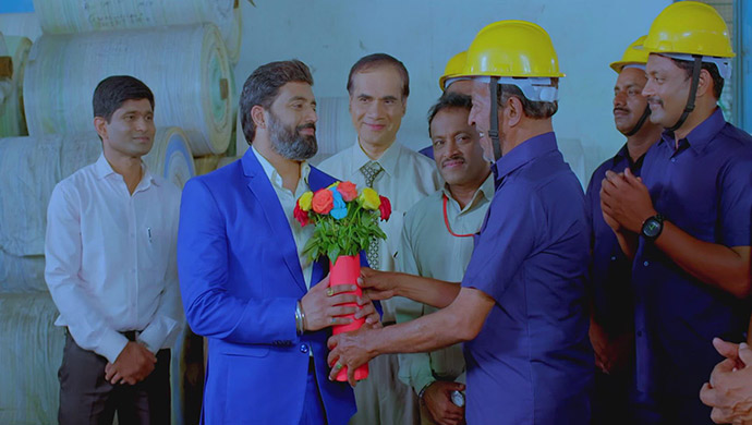 When The Workers Give Thanks To Aaryavardhan