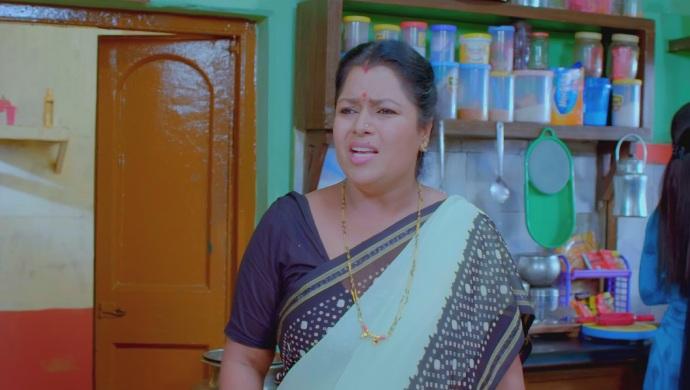 An Annoyed Still Of Pushpa