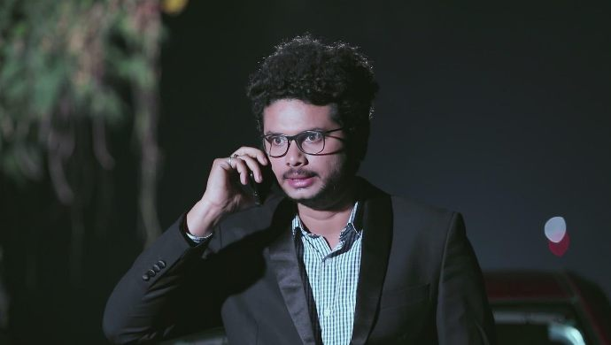 Rohith calls Kamali to tell her about her mother
