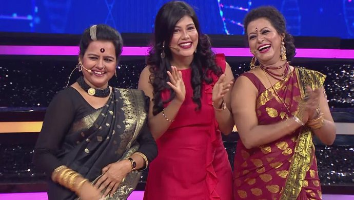 Kaamini, Anika And Urmila Of Kamali Have A Fun Time In This Weekend's Episode Of Genes