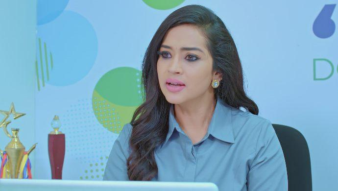 Meera is furious with Anu