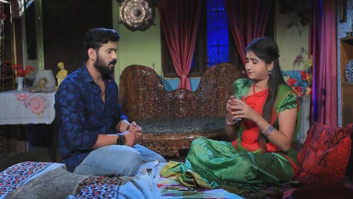 Prem asks Belli if he should sing for her