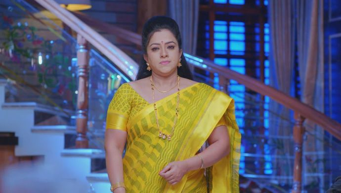 Suhasini tells Vedanth to spend more time with Sahithya