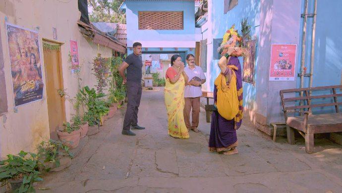 Jothe Jotheyali 11 March 2020 Written Update_ The Devi Meets Anu's Parents