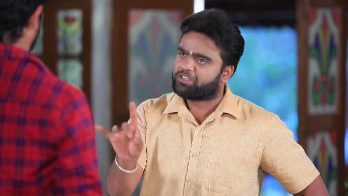 Shanmugam tells Muttu not to trust Maya so easily