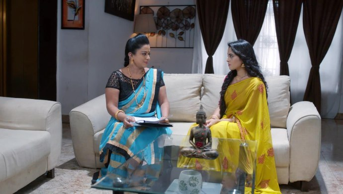 Gattimela 03 April 2020 Preview_ Suhasini Asks Aarthi To Sign A Document