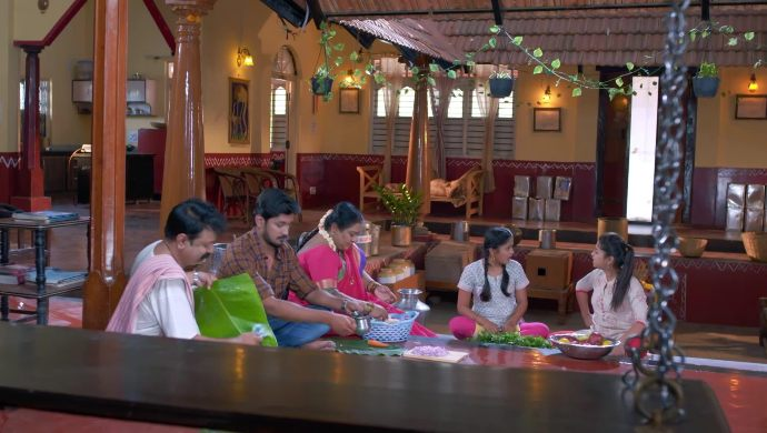 Gattimela 10 April 2020 Written Update_ Manjunath Family Make Preparations For Aarthi