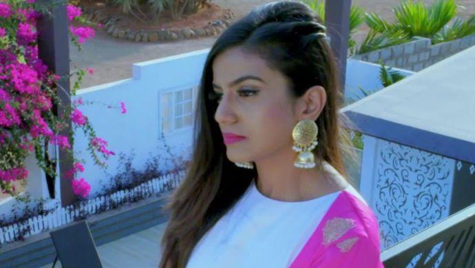 Shivani stops Trishul from leaving