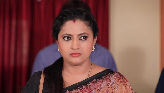 Top 3 Reasons Why You Can't Afford To Miss Pattedari Prathiba On ZEE5