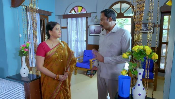 Trishul's parents talk to each other