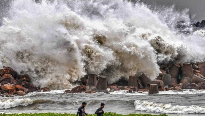 Cyclone Amphan To Hit West Bengal And Odisha Today