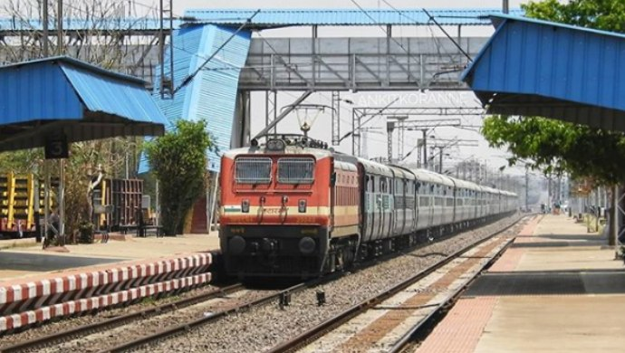 MHA Says That Only Asymptomatic Ticket Holders Will Be Allowed To Travel By Train