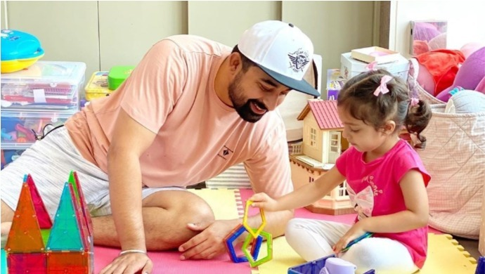 Catch Rannvijay As He Shares His ZEE5 Non-Stop BachFUN Experience Amidst The Lockdown