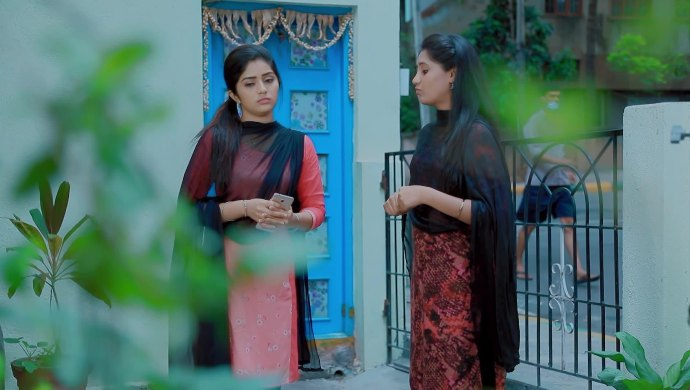 Celebrate Friendship Day With Jothe Jotheyali's Anu And Ramya's Special Bond