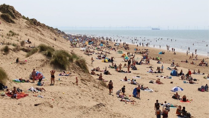 UK Experiences Hottest Day Of The Year, Scorches At 32.6 Degree Celsius