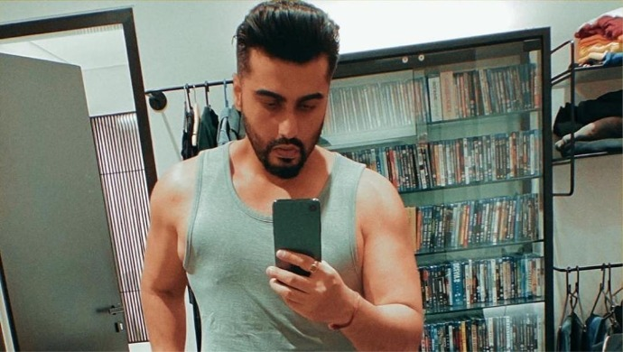 Arjun Kapoor Has A Fresh Haircut While Following Necessary Safety Measures