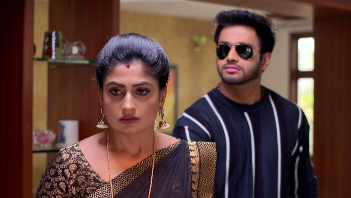 Exclusive: Aditya-Dharani Pose On The Set Of Attarintlo Akka Chellellu And You Need To Take A Look