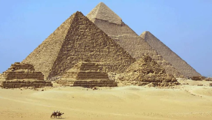 Egypt Welcomes Tourists To Great Pyramids After Three Months Of Closure