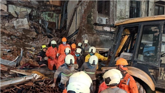 Two Tragic Incidents Of Building Collapse In Mumbai's Fort And Malad Areas