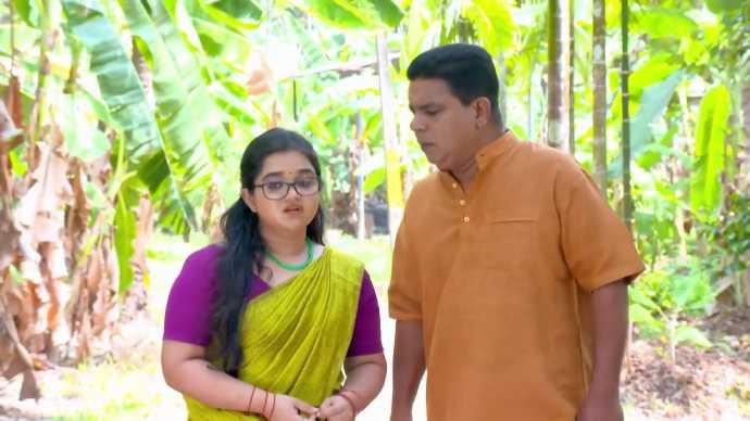 Padmini and Ganeshan (Source:ZEE5)