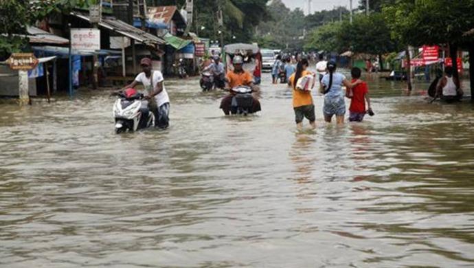 Heavy Rainfall Leaves Maharashtra, Gujarat, North India In Flood-Like Situation